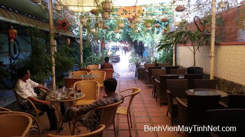 Lap dat camera quan sat - Cafe Nhu Tu (17) copy