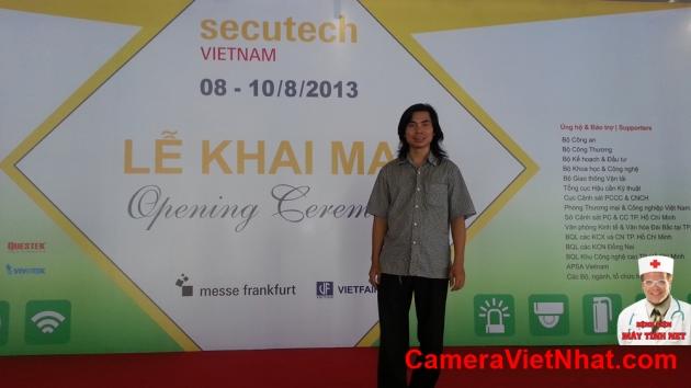 Camera quan sat - Hoi cho SecuTech (1)