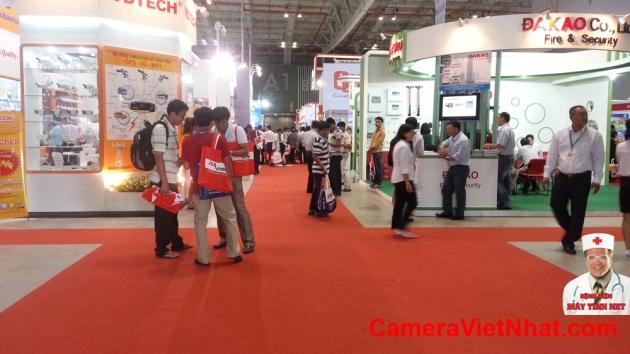 Camera quan sat - Hoi cho SecuTech (7)